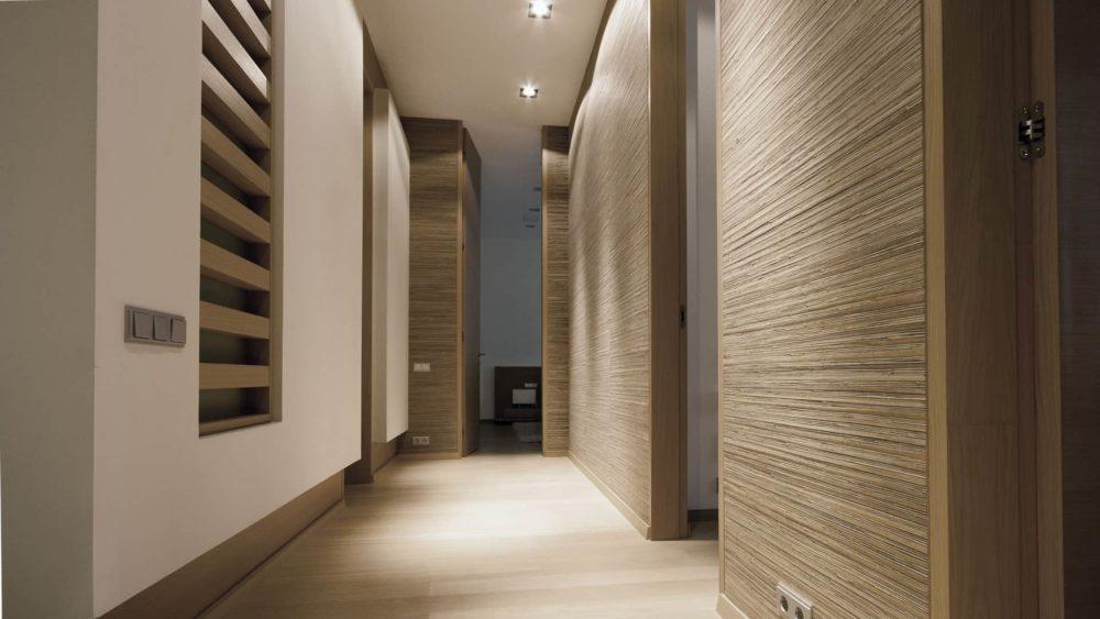 Дизайн интерьера квартиры на улице Востания. Вид на коридор.